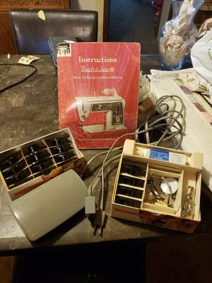 SINGER SEWING MACHINE PARTS for Sale in Poseyville, IN