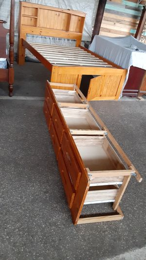 Full size Honey color solid pine captains bed frame with 6 drawer storage $175 for Sale in Ocala, FL
