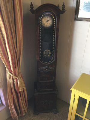Grandmother clock for Sale in Fallbrook, CA