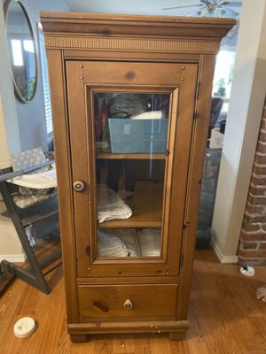 Cabinet for Sale in Everett, WA