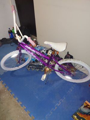 Girls bike 20inch tires for Sale in Hoffman Estates, IL