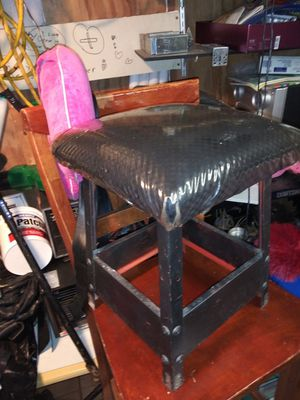 Metal milking stool with cushion for Sale in Pasadena, TX