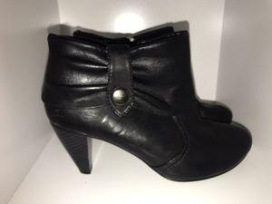 Black heel booties, size 7 for Sale in Trenton, NJ