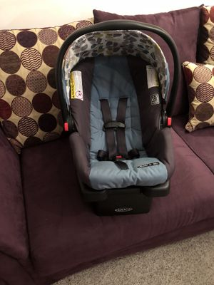 Graco infant car seat for Sale in Baltimore, MD