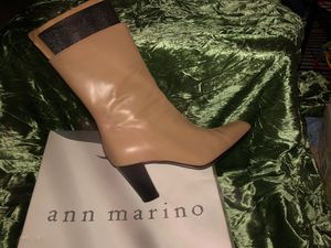 Ann Marino size 10M for Sale in Stockton, CA