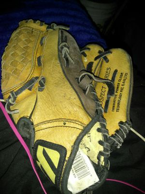 Prospect series 10 inch baseball glove for Sale in Fresno, CA
