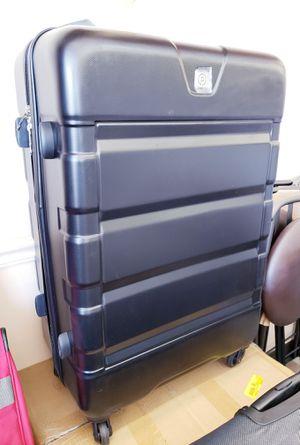 """NEW Protege 28"""" Hardside Upright Spinner Luggage: njft hsewres for Sale in Burlington, NJ"""