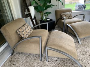 Chair and ottoman for Sale in Carol Stream, IL