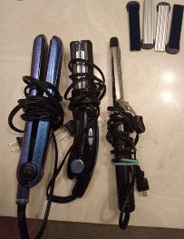 Straightener/curling iron bundle for Sale in Fort Worth, TX