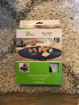 Mainstays kids zip up play mat/baby/toys for Sale in Murrysville, PA