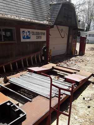 Car lift for Sale in Fife Lake, MI