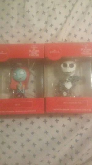 2 new Tim burtons the nightmare before Christmas hallmark. Jack skellington&sally for Sale in Chicago, IL