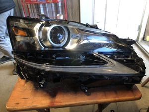 LEXUS GS350 GS200T GS450H RIGHT PASSENGER SIDE LED HEADLIGHT OEM for Sale in San Diego, CA