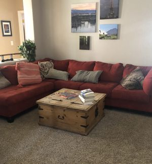 Red sectional sofa for Sale in Las Vegas, NV