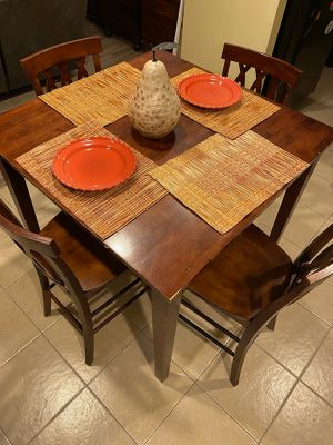 Kitchen table for Sale in Rowland Heights, CA