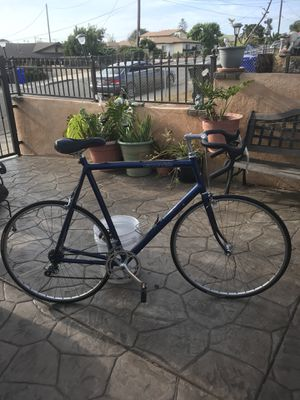 Cannondale SR 400 Road bike 12 speed for Sale in Imperial Beach, CA