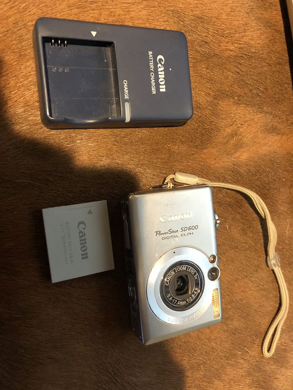 Canon PowerShot SD600 digital camera
