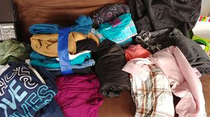 Box of clothes for Sale in Puyallup, WA