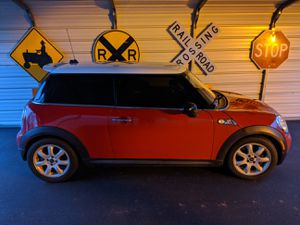 2009 mini cooper s for Sale in Boiling Springs, SC