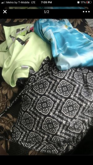 Free bag of clothes girls 14 n up n some women pick up only porch pick up for Sale in Ontario, CA