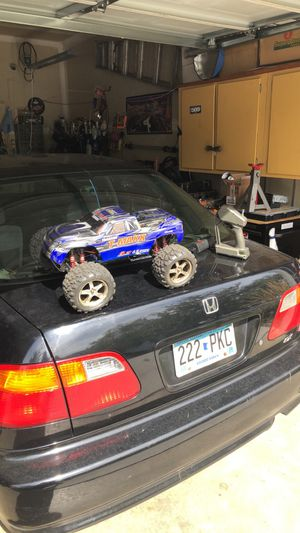 Traxxas t-max nitro 3.3 for Sale in Inver Grove Heights, MN