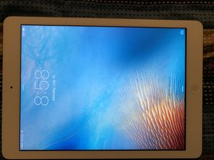 iPad Air w/ Verizon 16gb White for Sale in Wrightwood, CA