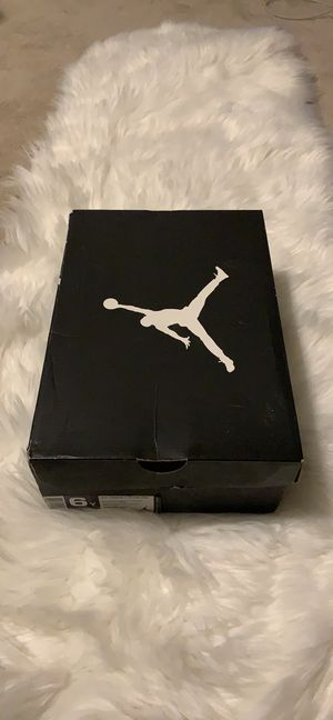 Air Jordan Retro 4 Cavs (GS) for Sale in Knightdale, NC