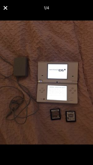 Barely used Nintendo ds lite with Pokémon heart gold and Pokémon white for Sale in Portland, OR