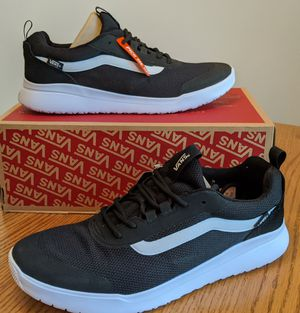 Men's Vans shoes size 11 NEW for Sale in Grove City, OH