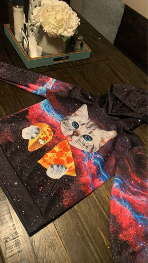 Gurls cat pull over sweater for Sale in Cypress, CA