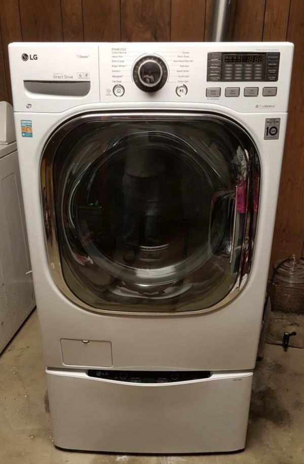 LG 4.6 cu Washer/dryer combo