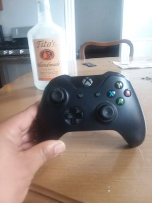 Xbox one controller for Sale in New Britain, CT
