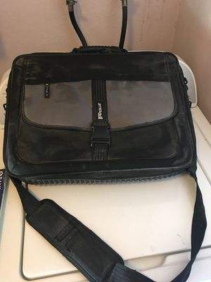 Laptop bag for a 17 inch or smaller for Sale in Riverside, CA
