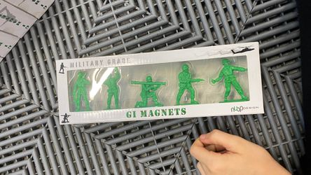 Gi Magnets From The Designer Nuop for Sale in Hollywood,  FL