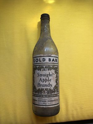 Gold Bar Straight Apple Brandy antique bottle 1944 for Sale in New Lenox, IL