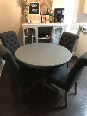 Dining Table for Sale in Lake Forest, CA