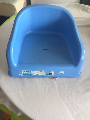 Booster seat for Sale in Haines City, FL