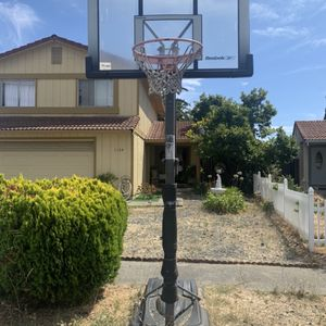 Need Gone ASAP Basketball Hoop for Sale in Hayward, CA