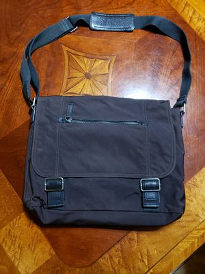 Banana republic messenger bag for Sale in Fort Worth, TX