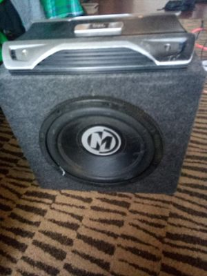 Memphis audio 12 inch sub and JBL 1400 watt amp for Sale in Englewood, CO