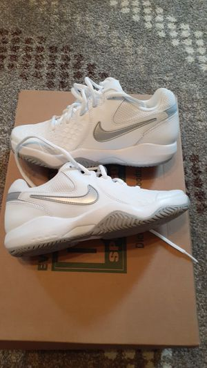 Nike Air Zoom resistance size 6 for Sale in Ross, OH