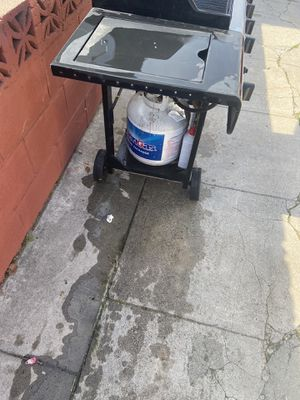 Charbroil bbq grill for Sale in Lynwood, CA