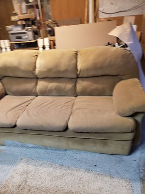 Free couch for Sale in Puyallup, WA