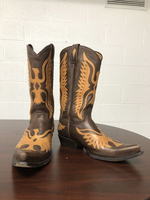Cowboy boots/Rancho $130.00 size 10.5 men's USA, almost brand new. Botas Vaqueras Rancho 100% cuero vacuno talla 10.5 hombres (usa). for Sale in Alexandria, VA