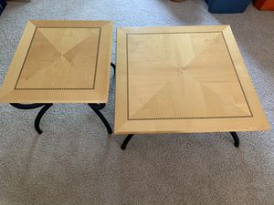 Coffee & end table for Sale in New Lenox, IL