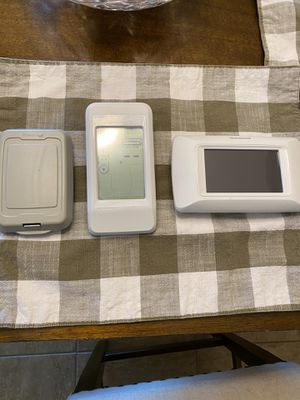 Honeywell thermostat for Sale in Sun City, AZ