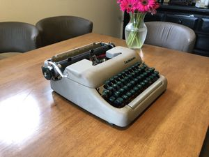 Typewriter - 1956 Smith-Corona Clipper for Sale in Chicago, IL