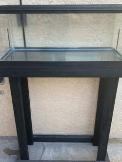 Aquarium 20 Gallons Long, stand, Filter for Sale in Los Angeles,  CA