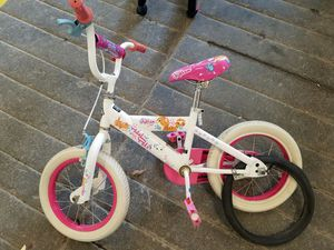 Girl bike , without training wheels. for Sale in Boston, MA
