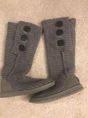 Ugg cardy boot women size 5 for Sale in Issaquah, WA